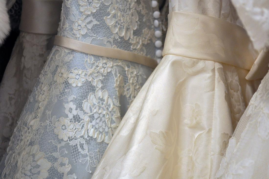Basiswissen Teil 13: Die richtige Farbe für Ihr Brautkleid