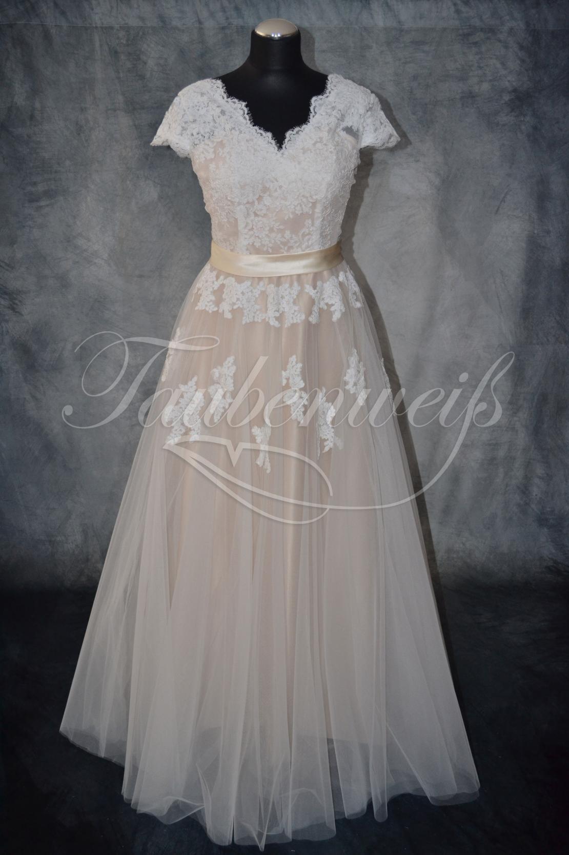Brautkleid B19 aus Tüll mit Spitze - zweifarbig in Nude Look
